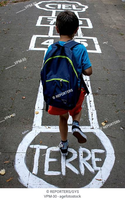 Belgium, Brussels, Aug 19 2016 - Illustration Pictures - Back to school        Copyright Danny Gys / Reporters Reporters / GYS