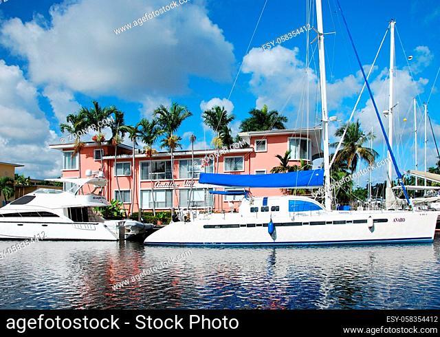 Fort Lauderdale Beach at the Atlantic Ocean, Florida, USA. Fort Lauderdale Beach am Atlantischen Ozean, Florida, USA