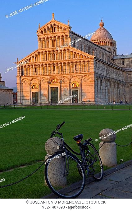 Pisa, Cathedral, Duomo at Sunset, Piazza del Duomo, Cathedral Square, Campo dei Miracoli, UNESCO world heritage site, Tuscany, Italy