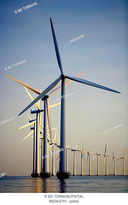 Windmills at sea, wind power