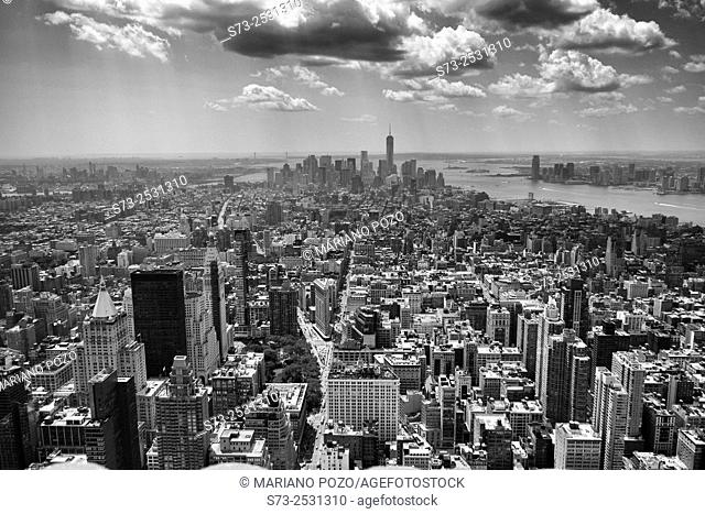 Panoramic view over Manhattan from the top of the rock, New York, USA