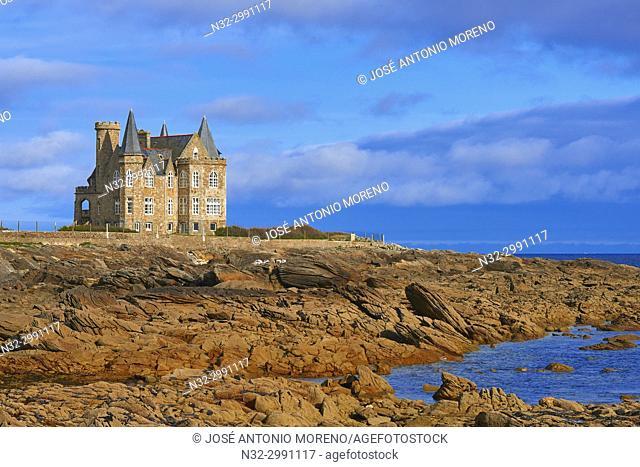 Turpault castle, Quiberon, Cote Sauvage, Wild Coast, Morbihan, Lorient District, Bretagne, Brittany, France