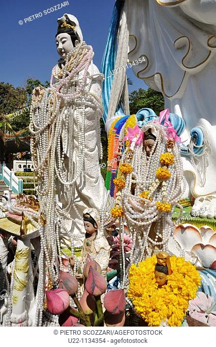 Pattaya (Thailand): statues in a Buddhist temple on the Pattaya Hill, between the Walking Street and Jomtien