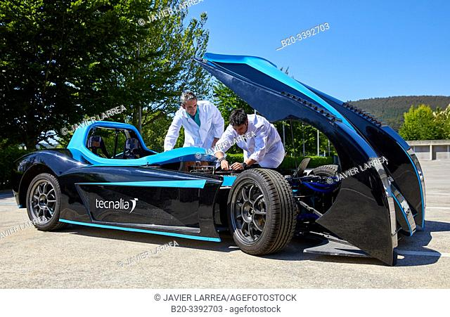 Dynacar, electric vehicle, Researchers work in electric car, Industry Unit, Automotive Industry, Technology Centre, Tecnalia Research & Innovation, Derio