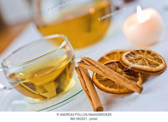 Christmas tea with cinnamon and orange slices