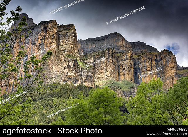 The cliffs that shape the Ordesa Valley in the Ordesa y Monte Perdido National Park, Huesca, Spain