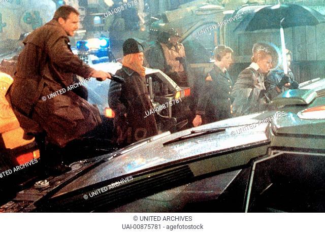 Los Angeles, 2019: Rick Deckard (HARRISON FORD) ist ein Blade Runner, ein Polizist, der untergetauchte Replikanten jagt - künstlich hergestellte Menschen