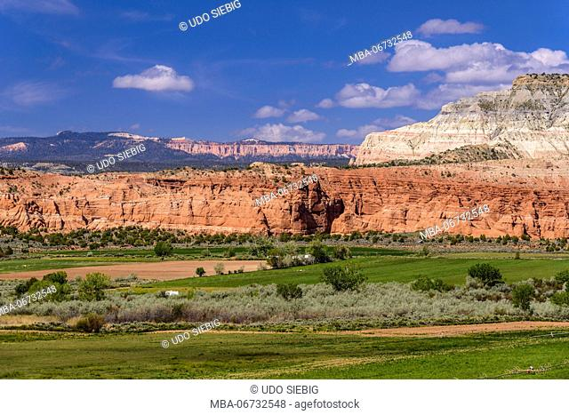 The USA, Utah, Garfield County, Bryce Valley, Henrieville, scenery in the Scenic Byway 12 towards Bryce Canyon