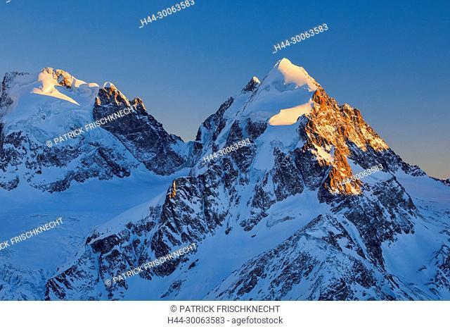 Piz Scerscen - 3971 m, Piz Roseg-3937 m, Graubünden, Schweiz