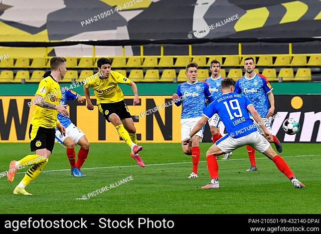 01 May 2021, North Rhine-Westphalia, Dortmund: Football: DFB Cup, Borussia Dortmund - Holstein Kiel, semi-final at Signal Iduna Park