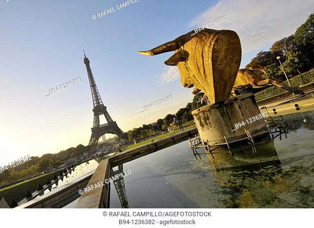 Gardens of the Tocadero. Eiffel Tower and Bull and Deer, sculpture by Paul Jouve. Paris, France