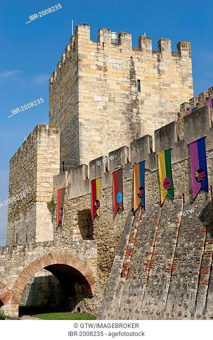 Castelo de Sao Jorge castle, Alfama district, Lisbon, Portugal, Europe