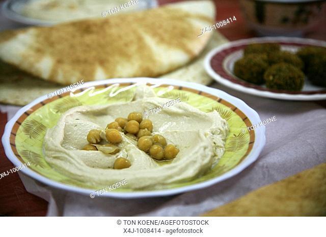 Fast food is a popular lunch in Jordan