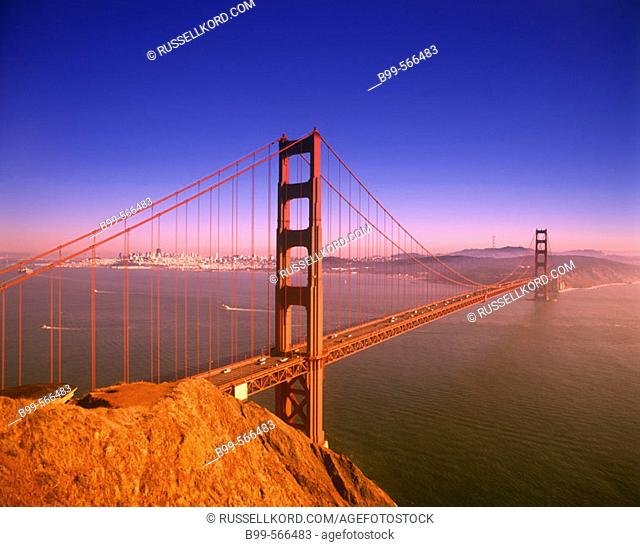 Golden Gate Bridge, San Francisco Skyline, California, Usa