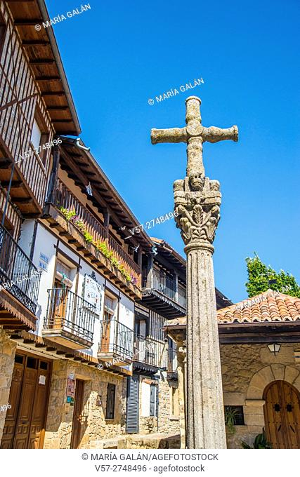 Stone cross. Mogarraz, Sierra de Francia Nature Reserve, Salamanca province, Castilla Leon, Spain