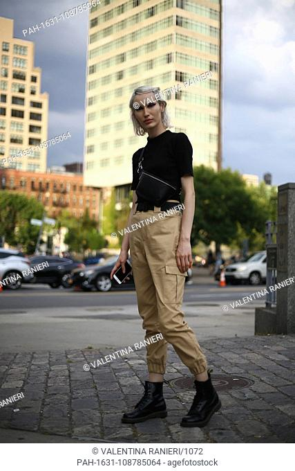 A chic showgoer posing outside of the Discount Universe runway show during New York Fashion Week - Sept 6, 2018 - Photo: Runway Manhattan ***For Editorial? Use...
