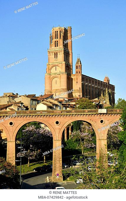 France, Tarn, Albi, the episcopal city, listed as World Heritage by UNESCO, Le Castelviel district, the Ste Cecile cathedral