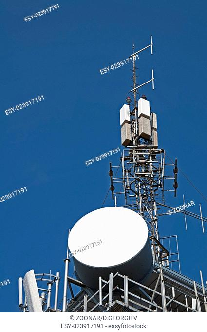 Transmitters, antennas and repeaters
