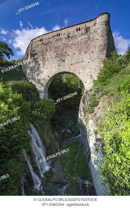 Aqueduct bridge of Grand Arvou, Porossan, Aosta Valley, Italy