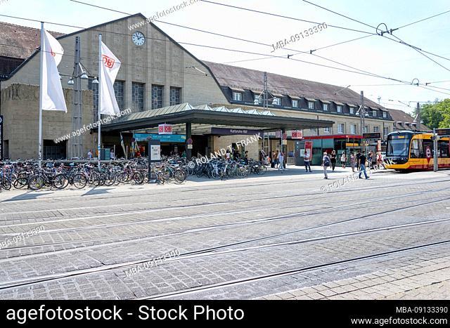 Germany, Baden-Württemberg, Karlsruhe, central station