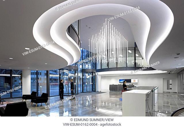 60 London at Holborn Viaduct, London, United Kingdom. Architect: Kohn Pedersen Fox Associates (KPF), 2014. Reception area