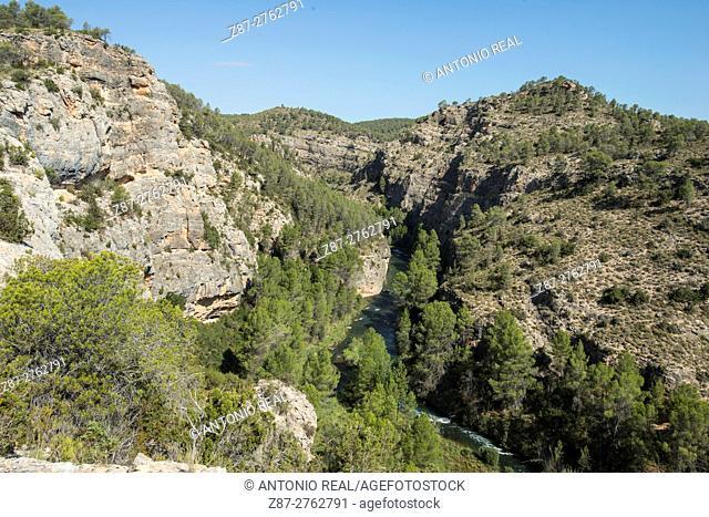 River Cabriel. Villargordo de Cabriel, Valencia province, Comunidad Valenciana, Spain
