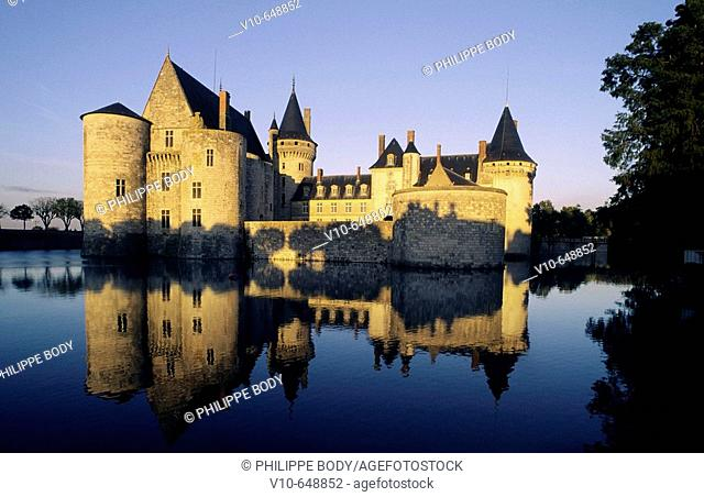 Castle of Sully-sur-Loire, built from  13 th. to 17 th. centuries, Loiret , France