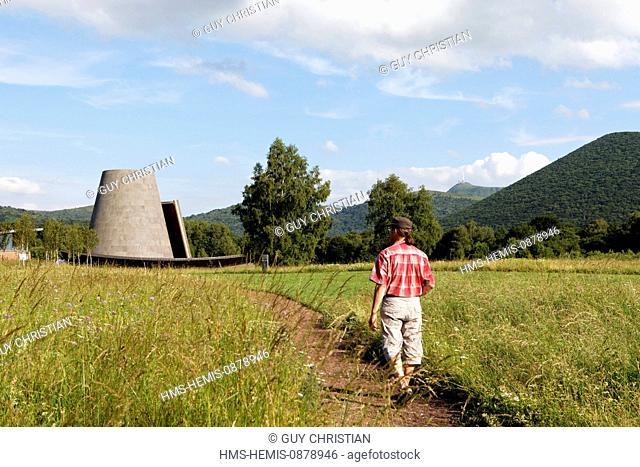 France, Puy de Dome, Parc Naturel Regional des Volcans d'Auvergne (Natural regional park of Volcans d'Auvergne), Saint Ours, Vulcania, Cone