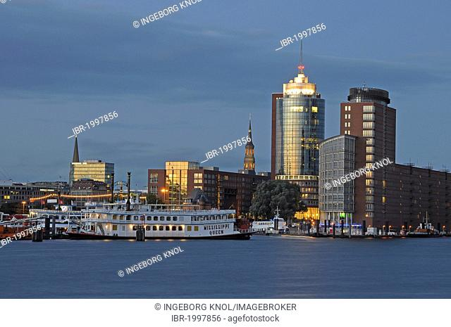 Night view, port of Hamburg, Kehrwiederspitze, Hafencity district, Hamburg, Germany, Europe