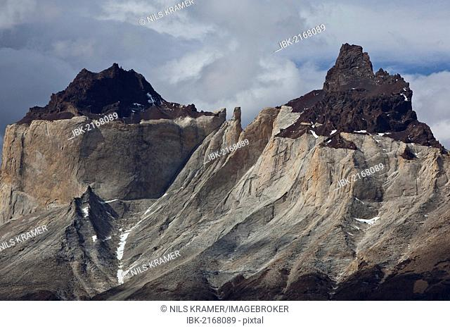 Dark peaks, Cuernos del Paine granite mountains, Torres del Paine National Park, Lake Pehoe, Magallanes Antarctica region, Patagonia, Chile, South America