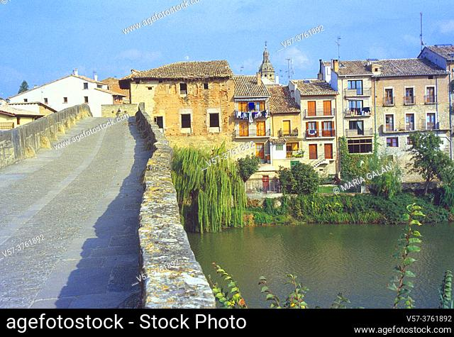 Bridge over river Arga. Puente la Reina, Navarra, Spain