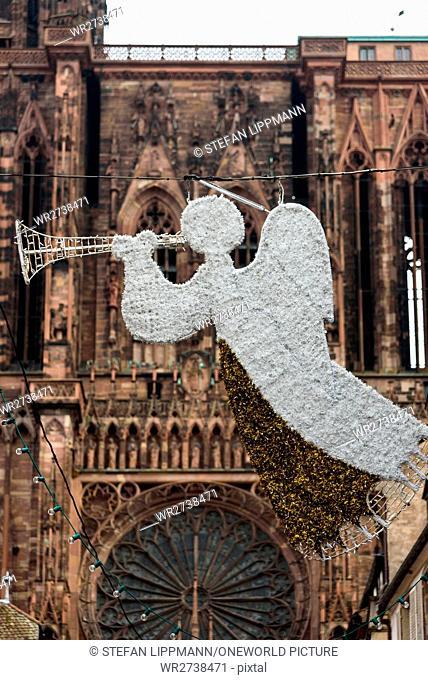France, Grand Est, Strasbourg, Christmas market, Christmas in Alsace is known under the slogan Noel en Alsace
