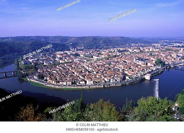 France, Lot (46), Cahors town seen from Saint Cyr mount