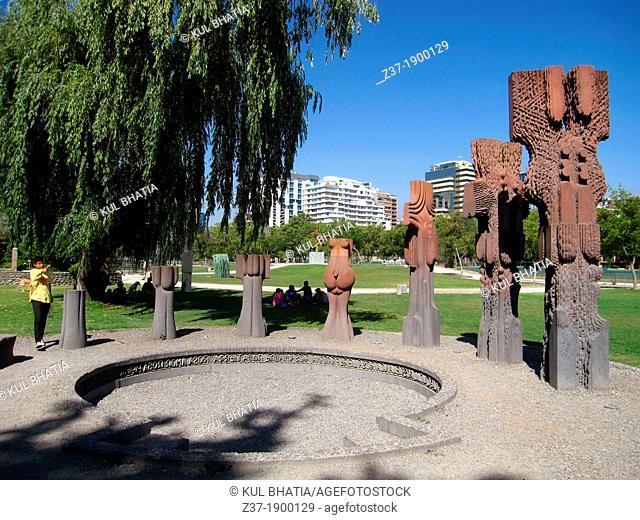 Conjunto Escultórico by Federico Assler, Museo Parque de las Esculturas, Providencia, Chile
