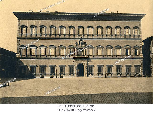 'Roma - Farnese Palace', 1910. Began for Cardinal Farnese by Antonio da Sangallo, it was continued by Vignola and completed by Michelangelo