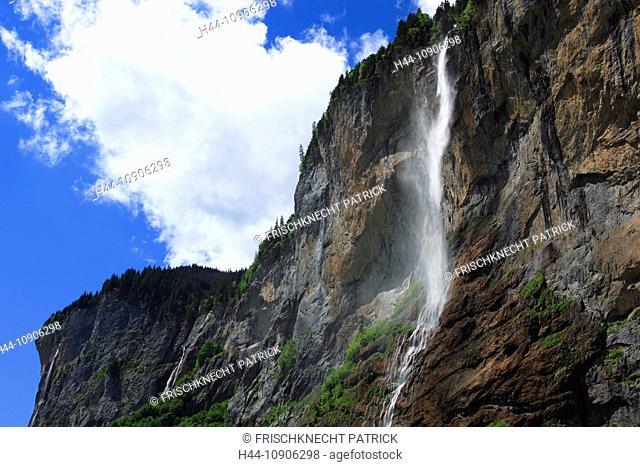 Alps, creek, brook, mountain, mountains, canton Bern, Bernese Oberland, rocks, cliffs, cliff wall, spring, mountains, sky, Lauterbrunnen, valley, Switzerland