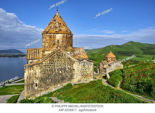 Armenie, region de Gegharkunik, lac Sevan, eglise de Sevanavank / Armenia, Gegharkunik province, Sevan Lake, Sevanavank church