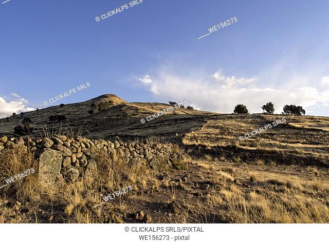 Bolivia, La Paz district, Backcountryin the Bolivian Plateau