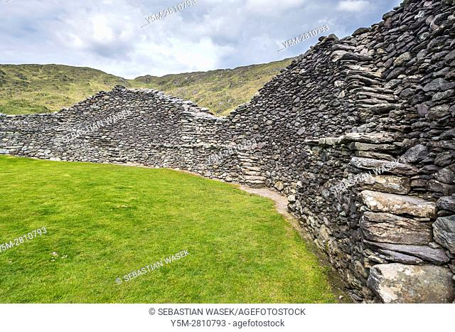 Staigue stone fort near Sneem, Iveragh peninsula, County Kerry, Ireland, Europe