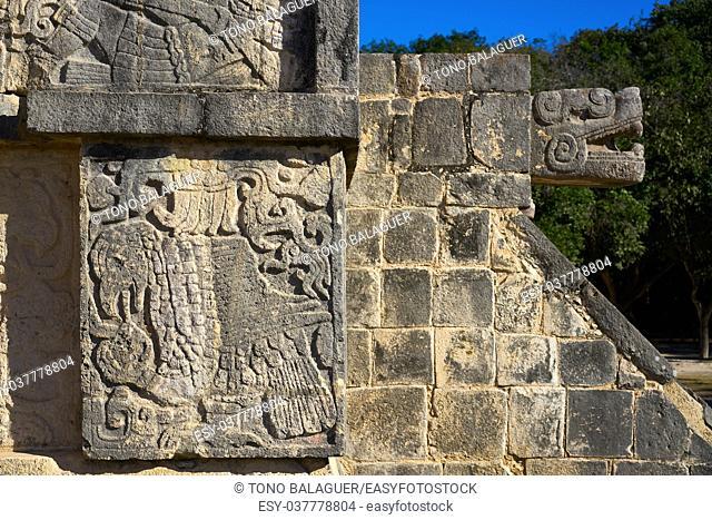 Chichen Itza El Templo Kukulcan temple snake detail