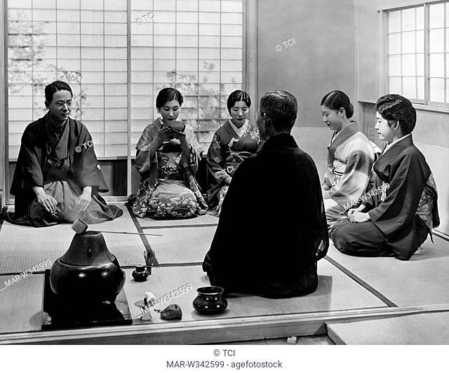 Japan, tea ceremony, 1930-40