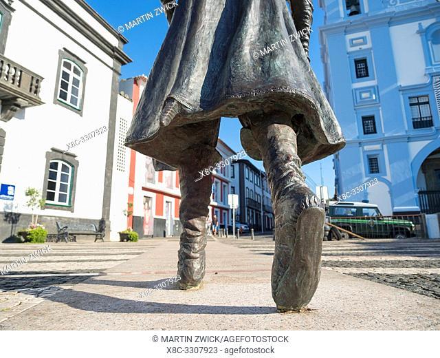 Statue of Vasco da Gama by Duker Bower, Patio da Alfandega near the harbour. Capital Angra do Heroismo, the historic center is part of UNESCO world heritage