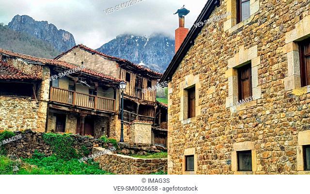 Mogrovejo villaje, Liébana valley, East massif of Picos de Europa National Park and Biosphere Reserve, Cantabria province, Spain