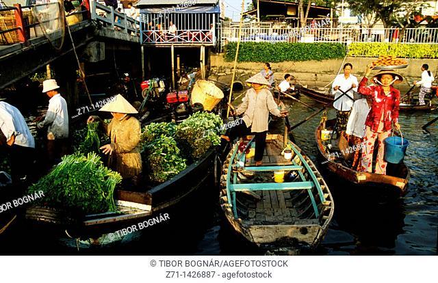Vietnam, Mekong Delta, Cantho, floating market
