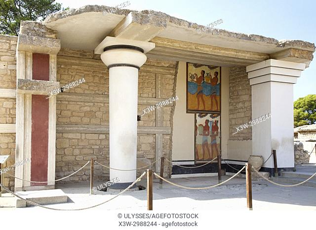 South propylaeum, Cup bearer fresco and Procession fresco, Knossos palace archaeological site, Crete island, Greece, Europe