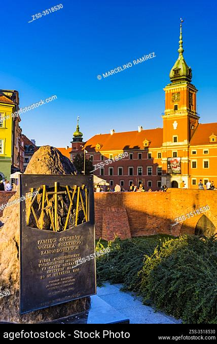 Katyn monument in Warsaw, commemorating the victims of the Katyn massacre designed by the sculptor Andrzej Renes, in the background The Royal Castle in the...