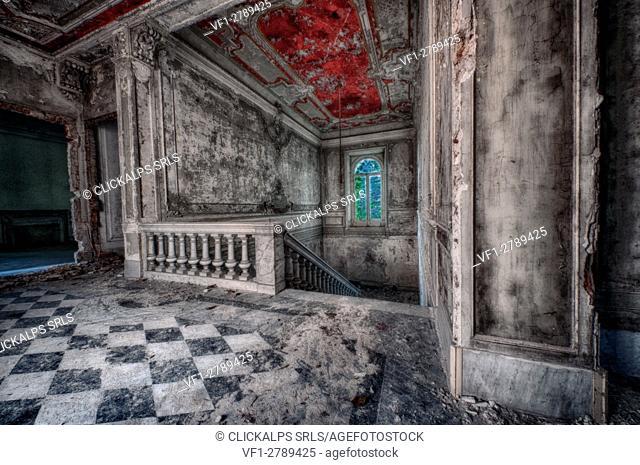 Novi Ligure, Piemonte, Italy, Abandoned house 1800