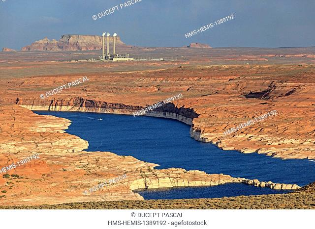 United States, Arizona, Glen Canyon National Recreation Area near Page, lake Powell and the Navajo Generating Station in the background