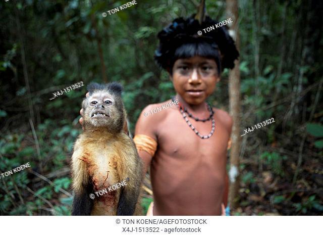 Xingu indians hunting in the Amazone, Brazil