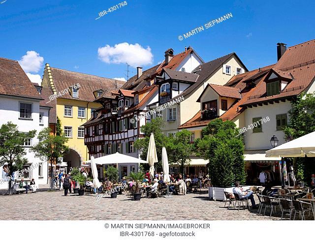 Schlossplatz, Meersburg on Lake Constance, Bodenseekreis, Upper Swabia, Baden-Württemberg, Germany